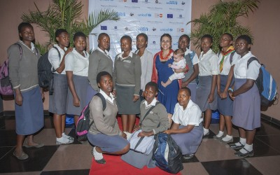 "May Taherzadeh with Bwaila Secondary School students at the premiere of the film ""Mercy's Blessing""."